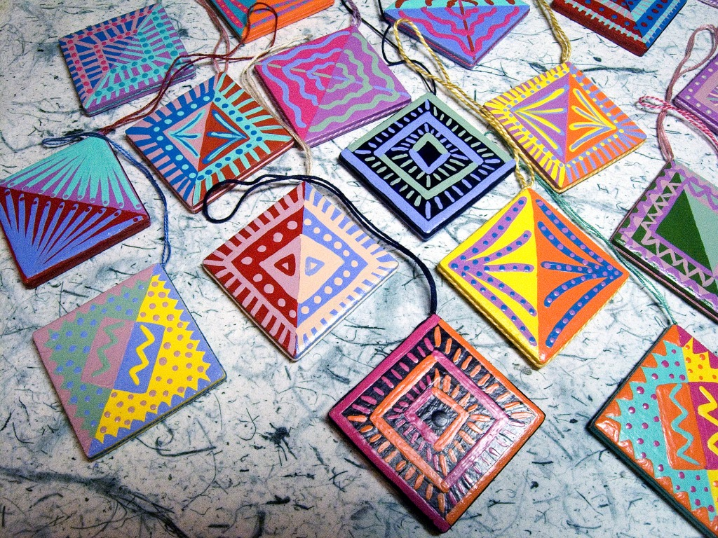 Painting ceramic tile craft projects tile designs tile crafts floor and decorations ideas dailygadgetfo Image collections