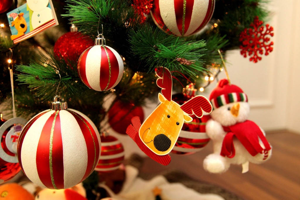 Christmas Tree Jigsaw Puzzle In Christmas & New Year