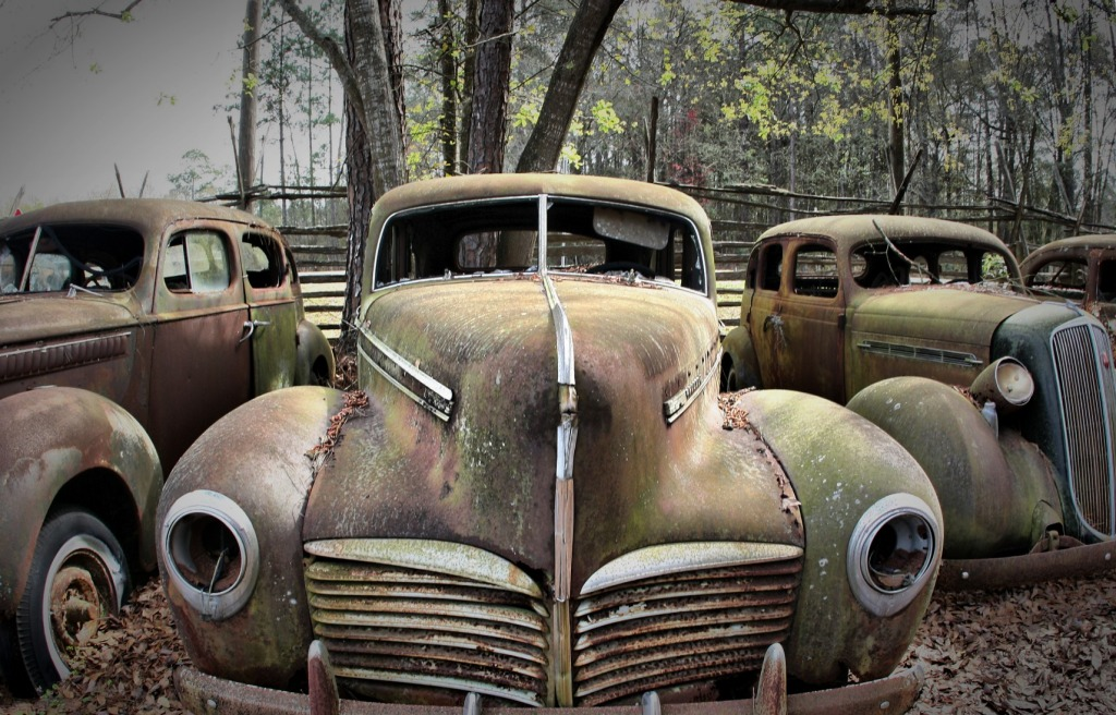 Old Cars jigsaw puzzle in Cars & Bikes puzzles on TheJigsawPuzzles.com
