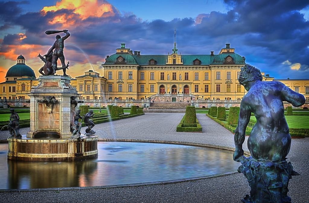 Drottningholm Palace Sweden Jigsaw Puzzle In Castles
