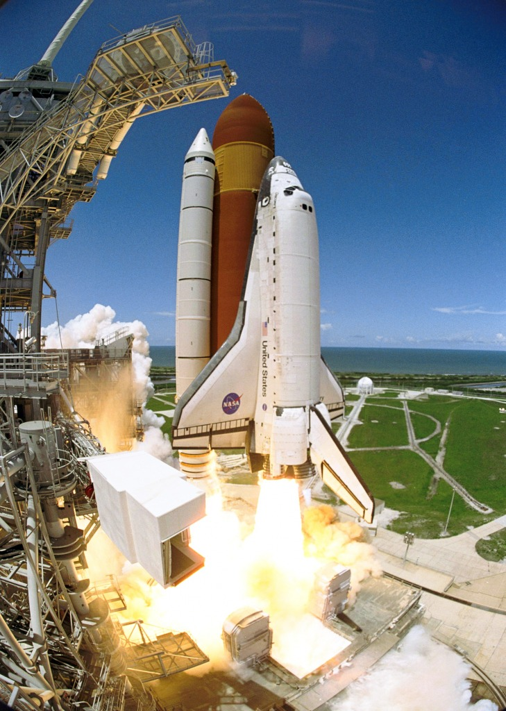 space shuttle discovery liftoff - photo #13