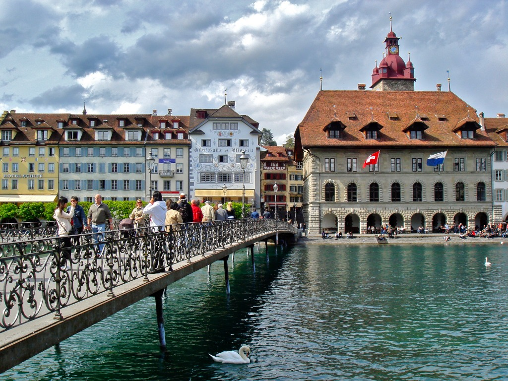 lucerne switzerland jigsaw puzzle in bridges puzzles on