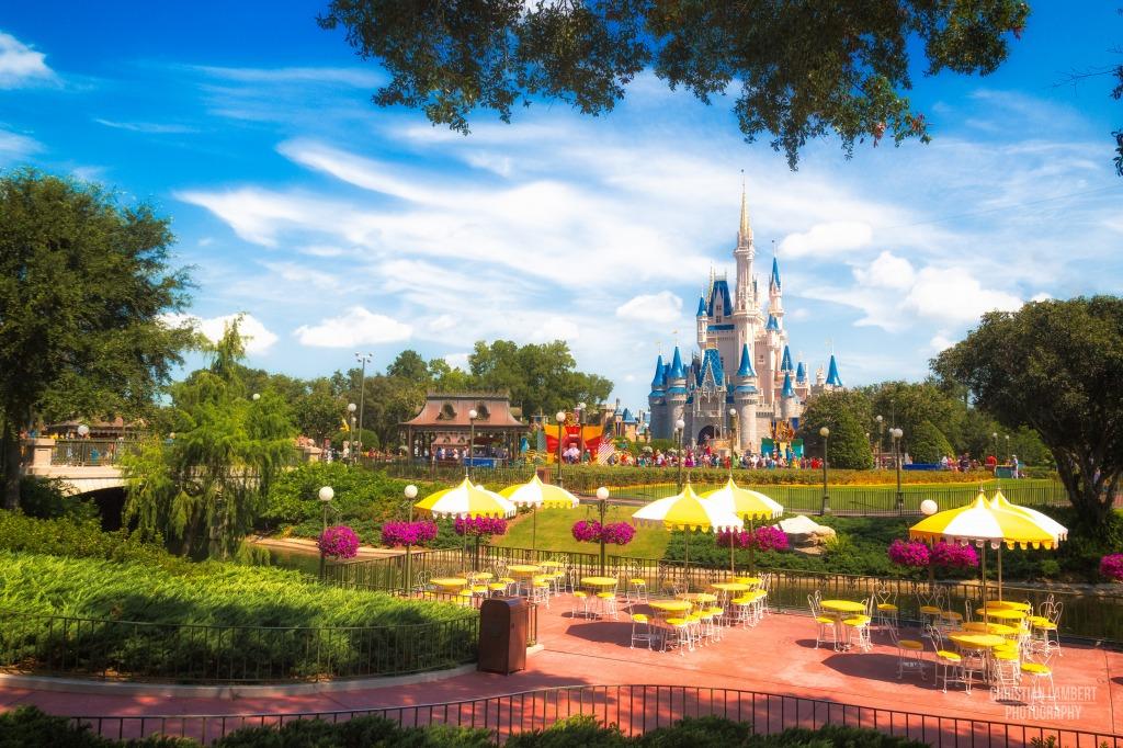 Walt disney world resort jigsaw puzzle in castles puzzles on