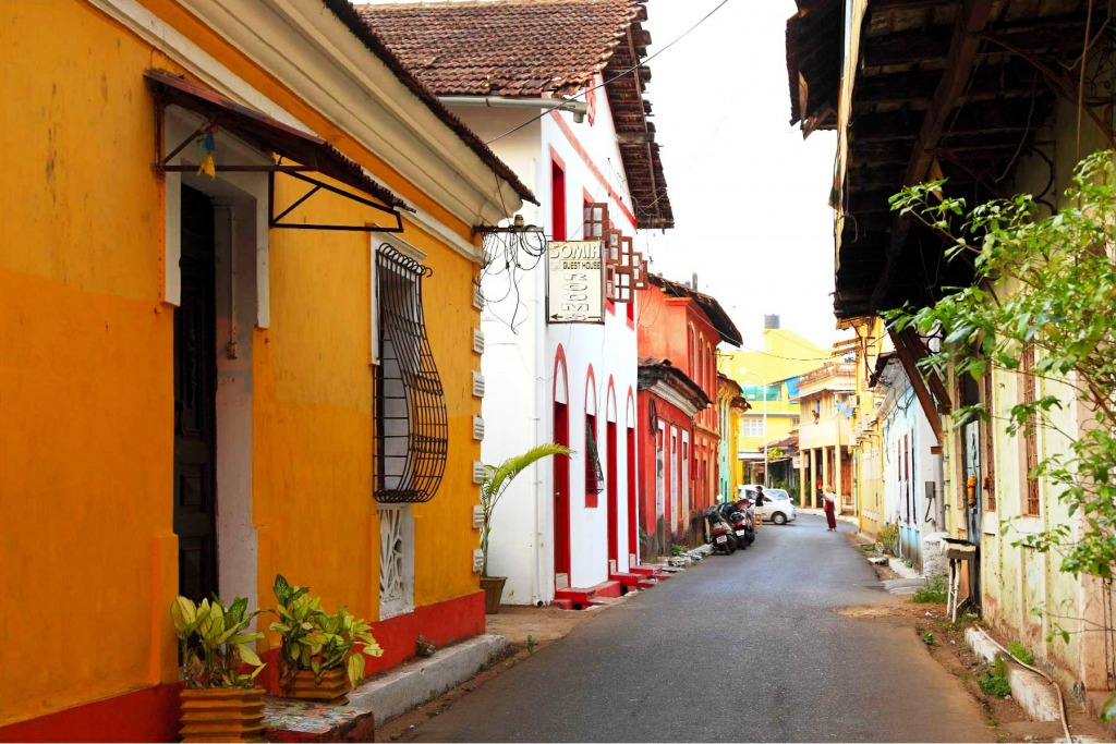 Panaji goa india jigsaw puzzle in street view puzzles on for Architecture design for home in goa