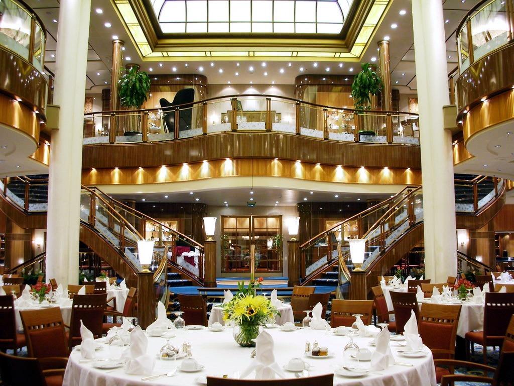Britannia restaurant queen mary jigsaw puzzle in puzzle for Cuisine queen