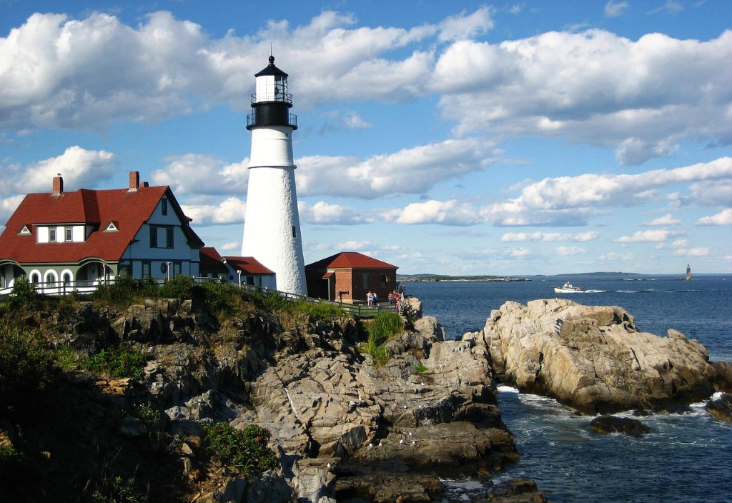 portland head light in maine jigsaw puzzle in great