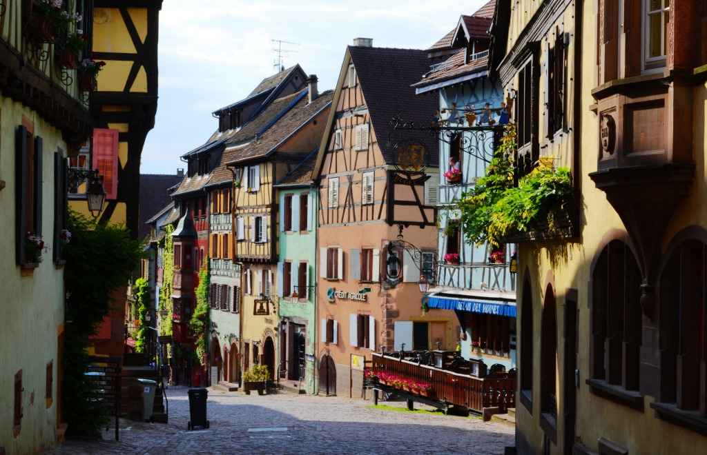 Riquewihr France  city pictures gallery : Riquewihr, Alsace, France jigsaw puzzle in Street View puzzles on ...