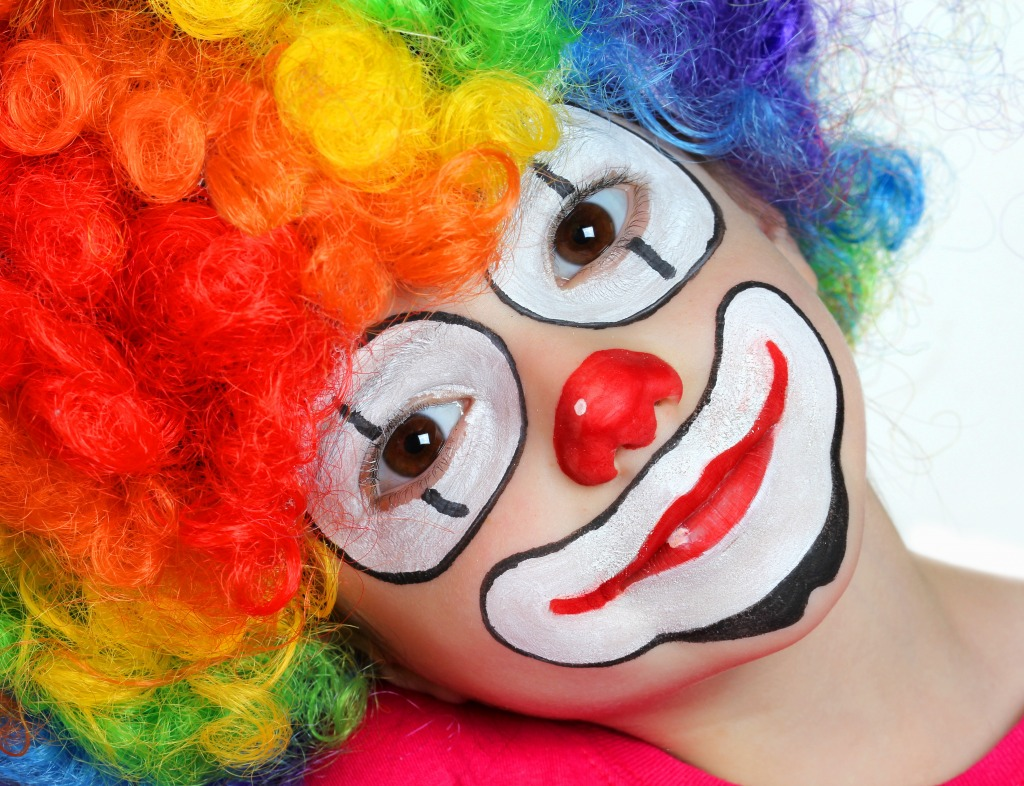 pretty clown jigsaw puzzle in puzzle of the day puzzles on