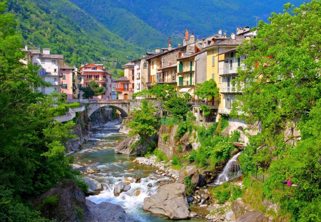 Chiavenna Comune Lombardy Italy Jigsaw Puzzle In Great