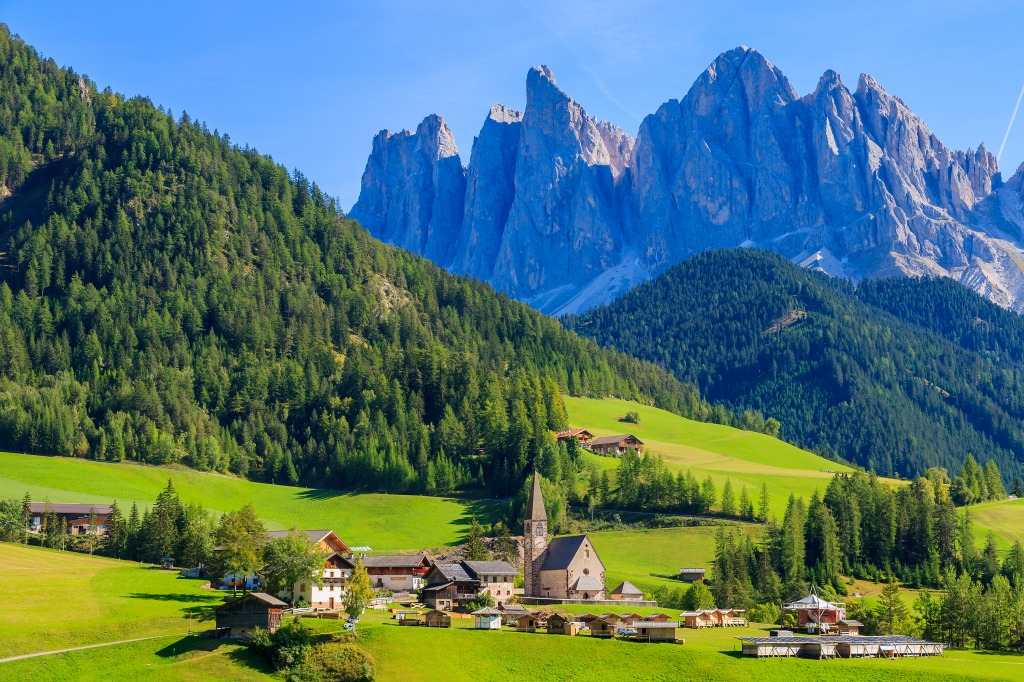 Val di funes dolomiti mountains italy jigsaw puzzle in for Where are the dolomites located in italy