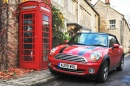 Mini Cooper in Turleigh, UK