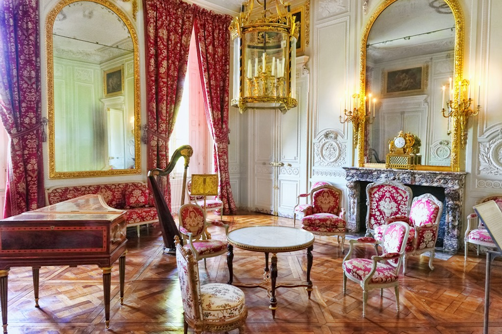 Chateau of versailles interior jigsaw puzzle in puzzle of for Chateau de versailles interieur