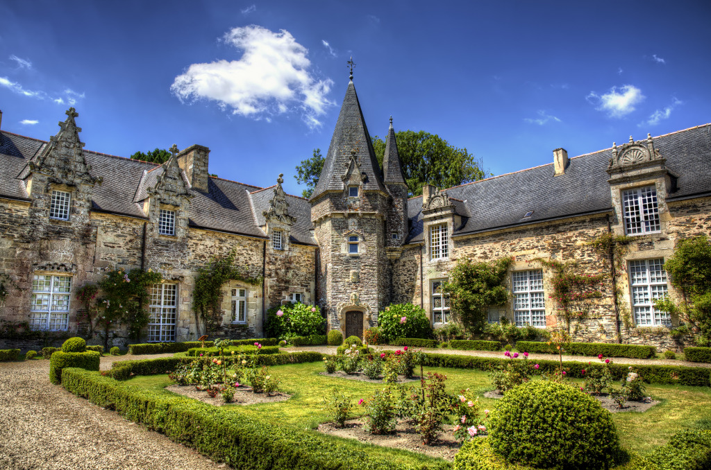 Castle of rochefort en terre brittany jigsaw puzzle in for Appart hotel rochefort
