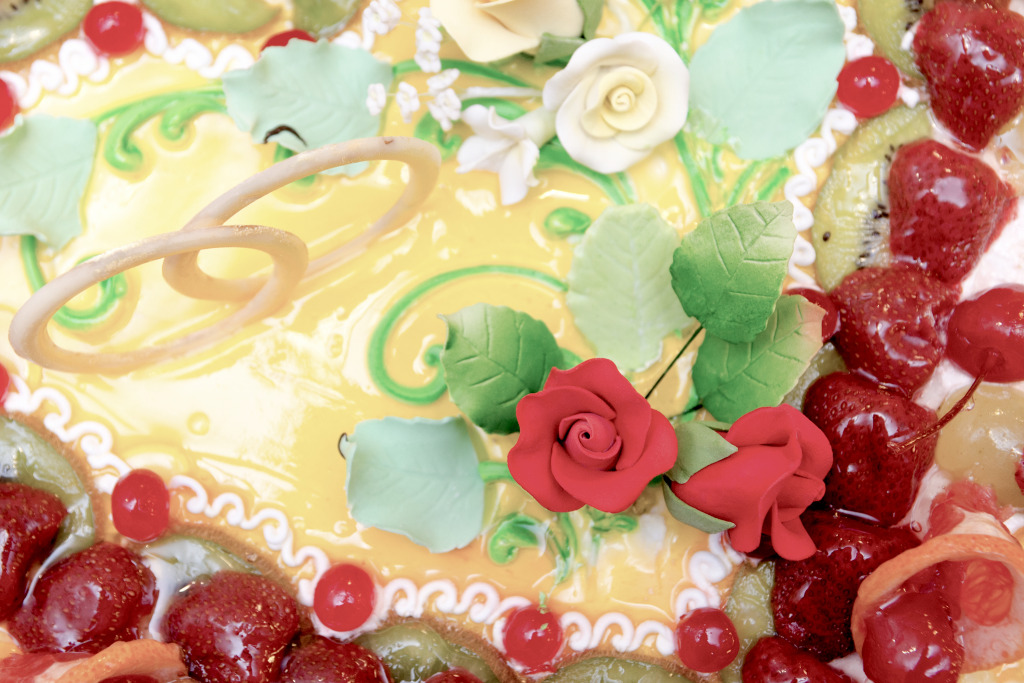 Wedding Cake With Roses And Rings Jigsaw Puzzle In Food Bakery