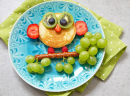 Owl Pancake with Fruits