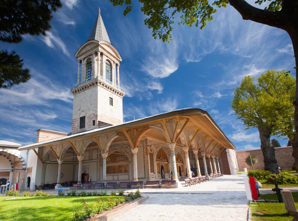 Topkapi Palace Istanbul Turkey Jigsaw Puzzle In Castles
