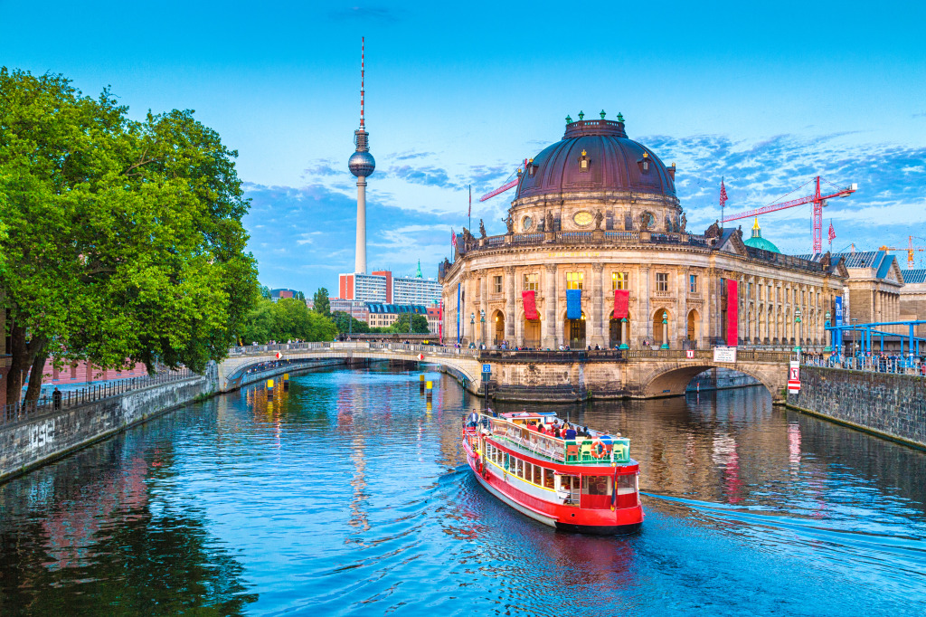 museum island berlin germany jigsaw puzzle in bridges. Black Bedroom Furniture Sets. Home Design Ideas