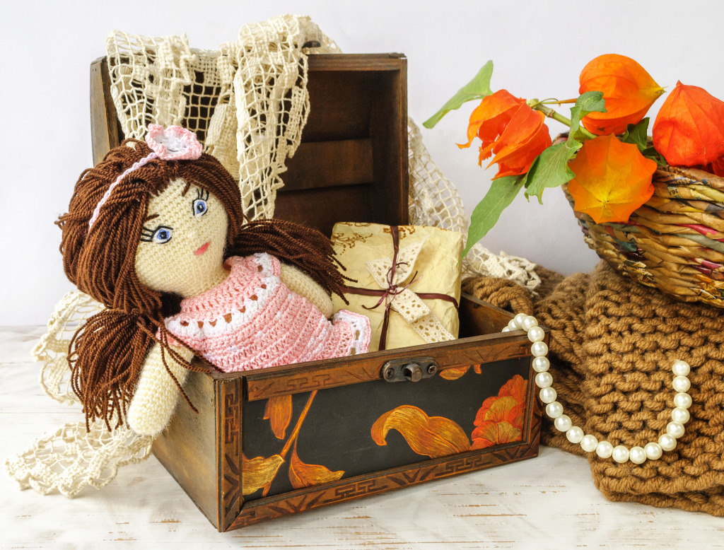 Links To More Than 10 000 Crochet Patterns And Pieces: Handmade Crochet Doll Jigsaw Puzzle In Handmade Puzzles On