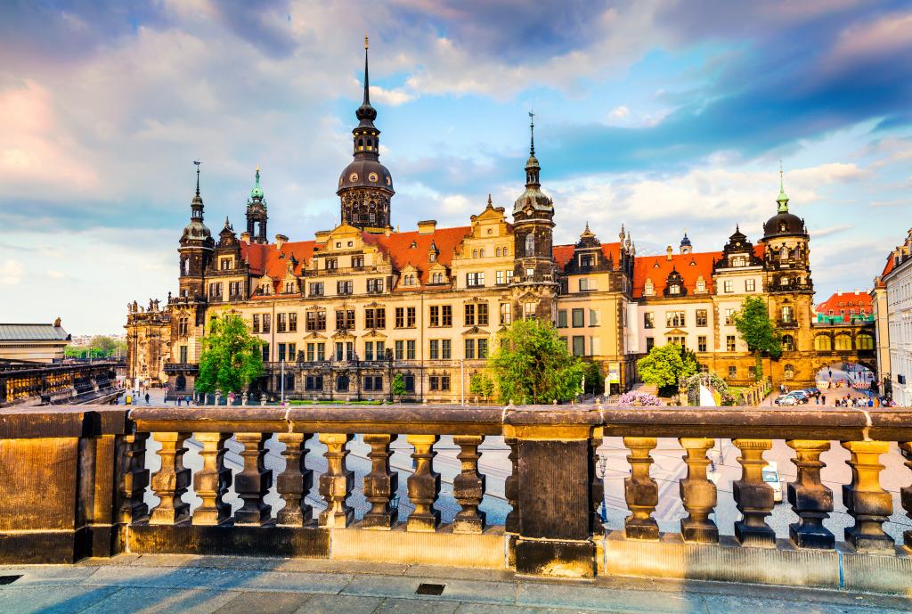 """Résultat de recherche d'images pour """"Dresde palais royal"""""""