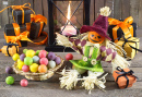 Halloween Scarecrow with Candies